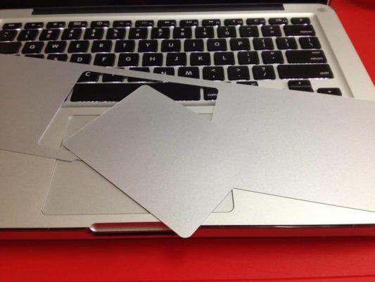 Dán kê tay Macbook