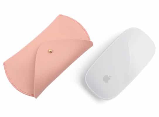 Magic mouse nay cũng đã có túi đựng riêng